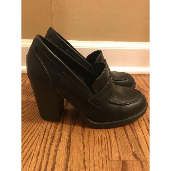22ba9beda0b BONGO Shoes - Bongo Mandy High Heeled Penny Loafers Sz 7.5